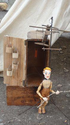 A marioneta.