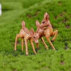 4 Pcs Deer Giraffe Fairy Garden Kits Figurines for Miniatures Ornaments Fairies Gardens House Terrarium Kit Dollhouse Supplies DIY Outdoor Decorations Moss Micro Landscaping Decor