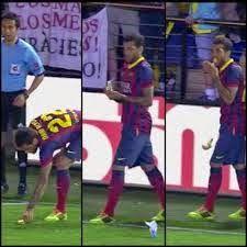 Rádio Web Mix Esporte&Som: Villarreal identifica torcedor que jogou banana em...