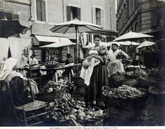 Campo de' Fiori (1890 ca) Piazza Navona, Old Photos, Rome, Italy, Instagram Posts, Painting, Epoch, Vintage, Bar