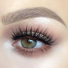 natural eye makeup w/ lots of lashes & softly defined crease & lower lashline @alexandra_anele #neutral