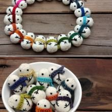 A Torrent of Snowmen...I can't imagine making a bunch of these little guys but they are soooo cute...love things that are WINTER, not just for Christmas :)