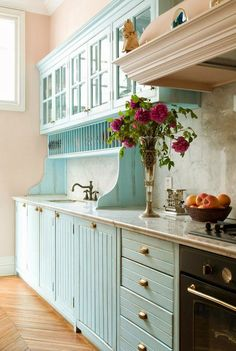ідея для сушки посуду - дерев'яні полички