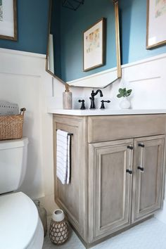 Modern coastal powder room: REVEAL One Room Challenge. See the amazing transformation .Modern coastal powder room: REVEAL One Room Challenge. See the amazing transformation of this guest toilet on a budget. Redo Furniture, Diy Bathroom, Coastal Powder Room, Small Bathroom, Painting Bathroom Cabinets, Painted Vanity, Furniture Makeover, Painted Vanity Bathroom, Bathroom Decor