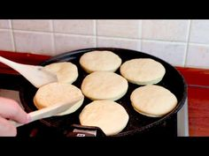 10 perc alatt kenyeret készítek vacsorára! # 444 - YouTube Spelt Bread, Bread Bun, Pan Bread, Bread Baking, Sourdough Rolls, Bread And Butter Pudding, Bread Machine Recipes, Le Diner, Bread And Pastries