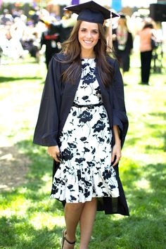 #dresscolorfully gal meets glam blogger julia engel in ksny for graduation