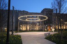 University of Chicago Rings of Light - iLight Technologies Exterior Signage, Exterior Lighting, Park Lighting, Outdoor Lighting, Museum Architecture, Landscape Architecture, Landscape Plaza, Landscape Lighting Design, Circle Light