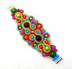 Colorful Soutache Bracelet with Beads and Braid por StudioGianna