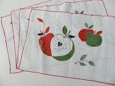 """Vintage apple linen placemats 17.5x12"""""""