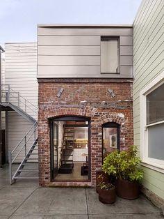 Ультра компактный дом из кирпича |