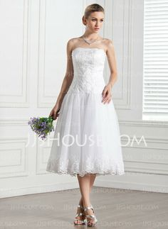 Wedding Dresses - $144.99 - A-Line/Princess Strapless Knee-Length Satin  Tulle Wedding Dresses With Lace (002000133) http://jjshouse.com/A-line-Princess-Strapless-Knee-length-Satin--Tulle-Wedding-Dresses-With-Lace-002000133-g133