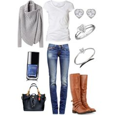Casual style. I want this sweater!