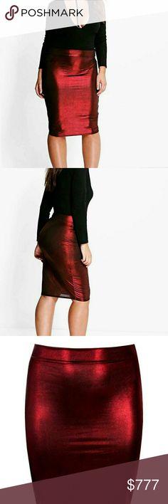 Plus Size Metallic Skirt •NWT •Boohoo Plus •Red Metallic Skirt •Midi length •Plus Size Skirts Midi