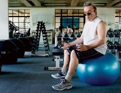 Christopher Hitchens excercising