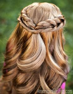 Fabulous Half-Up Twists Hairstyle For American Girl Dolls! (Click through for tutorial)
