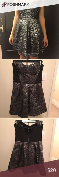 Bebe dress size small Black and silver short Bebe dress size small bebe Dresses Mini