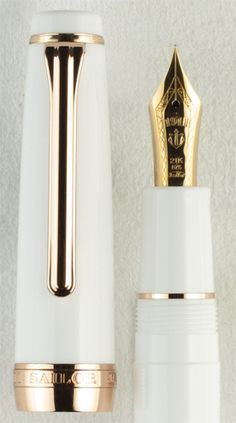 Sailor Professional Gear White with Rose Gold Trim Fountain Pen