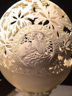 Eggshell Carving Art   SHANCare.blogspot.com: Egg Carving Art