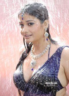Are Kiran rathod boobs criticising
