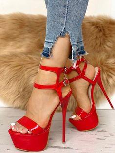 Beautiful High Heels, Gorgeous Feet, Hot Heels, Sexy High Heels, Peep Toes, Giuseppe Zanotti Heels, Flip Flop Shoes, Fashion Heels, Women's Fashion