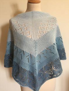 Crochet Top, Shawl, Tops, Women, Fashion, Knits, Moda, Fashion Styles, Fashion Illustrations
