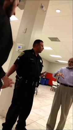 Texas Muslim Pledges Allegiance to ISIS in Front of Cop