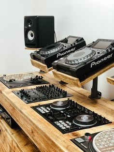 Deck Table, London Today, Dj Booth, Have Metal, Room Dimensions, Top Drawer, Bespoke, The Unit, Rustic