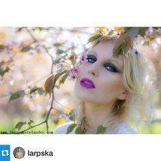 #Repost @larpska with @repostapp.・・・www.jannicastelander.com  I felt in love with those cherry blossom flowers  Hair, makeup, style & photography: Jannica Stelander @janisjapplin  #cherryblossom #summertime #photoshoot #makeup #model Photoshoot Makeup, Cherry Blossom Flowers, Makeup Style, Summertime, Hair Makeup, Fashion Photography, Felt, Princess Zelda, Love
