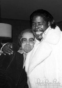 Barry White & Elton John, Century City, California ~ 1975 ~ THIS has to be the most ADORABLE celebrity photo EVER!!! HA!!! LOVEloveLOVElove!!!!!!! This ALWAYS makes me smile!!!!!