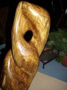 Skulpturteil aus Robinie
