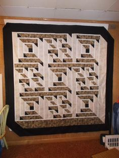 Labryinth Walk - I so want this pattern  American Quilters Society has the pattern but they are out of stock and backordered.