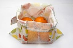 cut-and-sew-coupon-tissu-sac-reussitilable-pour-fruits-et-legumes-18 Developement Durable, Coupons, Sewing Projects, Diy, Zero Waste, Food, Eco Friendly Bags, Sewing Lessons, Meal