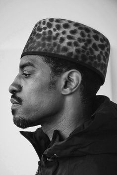 André 3000! Andre 3000, Hip Hop And R&b, Men Photography, Stevie Wonder, Afro Punk, Male Poses, Black And White Portraits, Retro Aesthetic, Girl Dancing