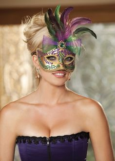 Shirley of Hollywood Gold 3/4 Mask £20.95