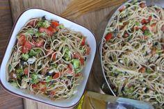 Skinny Pasta Recipe | Divas Can Cook http://divascancook.com/2013/08/skinny-girl-healthy-pasta-recipe.html