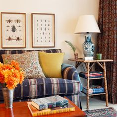 The signature style of LA based interior designer Anna Hackathorn expertly layers a mix of pattern and selectedfurnishings, with an elemen...