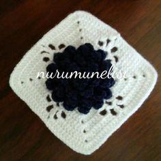 Gunaydinlar#tigisi #tigisimotif #motif #crochetlover #crochetart #crochet#crochetaddict #crochetersofinstagram #crochetpillow #haken#ganchillo #virka#pinterest #instacrochet #instasize ##crochetlove by nurumunelisi