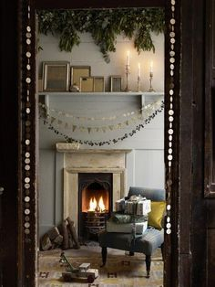73 Beautiful Examples Of Scandinavian-Style Christmas Decorations 70