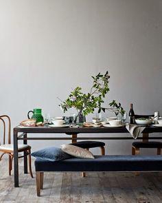 Metal Dining Table - Canvas Home Dining Room Inspiration, Interior Inspiration, Estilo Interior, Metal Dining Table, Dining Set, Dining Tables, Home And Living, Living Room, Interior Decorating