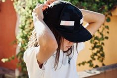 Summer is near, all you have to do now is to get ready for it. In order to stay stylish in the summer, here are some top fashion trends. Summer Fashion Trends, Latest Fashion, Fashion Tips, Baseball Hats, Style Inspiration, Stylish, Trends 2018, Child, News