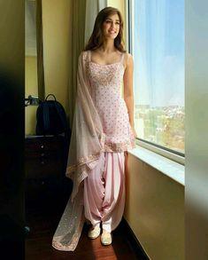Looking for salwar kameez for women? Indian & Pakistani Salwar Suits Online - Buy Anarkali Suits, Salwar Suits, Churidar Suits, Pants Suits and Palazzo Suits Online. Designer Kurtis, Indian Designer Suits, Designer Dresses, Indian Wedding Outfits, Pakistani Outfits, Indian Outfits, Bridal Outfits, Wedding Dress, Patiala Dress