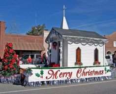 christmas parade float kits | ... churches, and organizations category in the Pembroke Christmas Parade