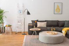 Estilo nórdico con toques de color amarillo y plantas... ¡muy refrescante! | Decorar tu casa es facilisimo.com
