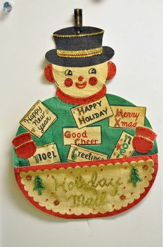 "VINTAGE 1950S 15""X22"" STIFFENED FELT SNOWMAN WALL HANGING CHRISTMAS CARD HOLDER 
