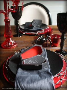 Vampire Dinner Party | Halloween Place Setting | Me and Annabel Lee Black Party Decorations, Picnic Decorations, Halloween Table Decorations, Halloween Party Decor, Halloween Ideas, Halloween Stuff, Holiday Decorations, Wedding Decorations, Halloween Vampire