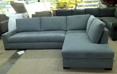 Maxwell Sectional w/ Bumper Ottoman style