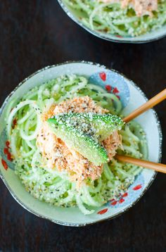 This Japanese-inspired Spicy Sriracha Crab and Cucumber Salad is my absolute favorite sushi restaurant appetizer! This tasty kani salad is so easy to make. Salad Recipes Healthy Lunch, Cucumber Recipes, Crab Recipes, Salad Recipes For Dinner, Chicken Salad Recipes, Cucumber Salad, Easy Healthy Recipes, Asian Recipes, Healthy Eating