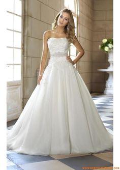 Robe de mariaée princesse bustier applique perles ceinture