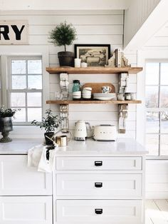 It is no surprise Chippy White things, especially Chippy White Corbels are one of Liz Marie's favorite types of items. Check out this list of Amazing Chippy White Corbels. Shabby Chic Kitchen, Kitchen Decor, Kitchen Ideas, Kitchen Tables, Vegetable Storage, Beach Cottage Style, Upper Cabinets, Kitchen Shelves, Pantry Shelving