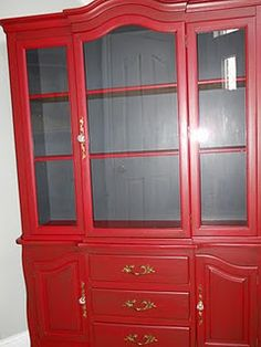 Wow I love this hutch!!!  Ours is so similar...